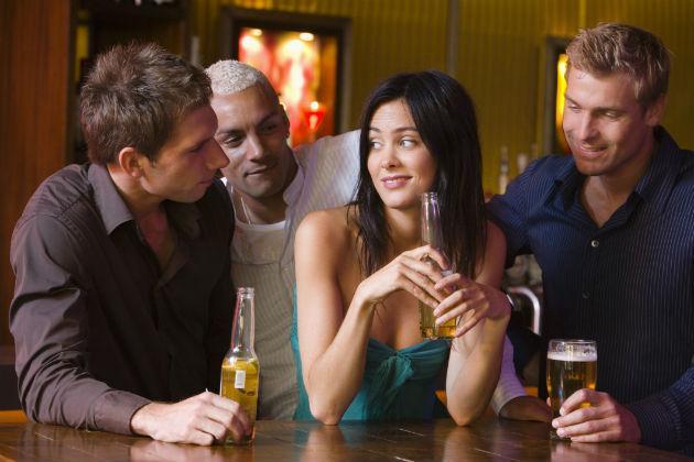 seduire en soiree : aborder une fille