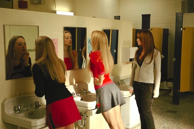 Séduire une fille aux toilettes