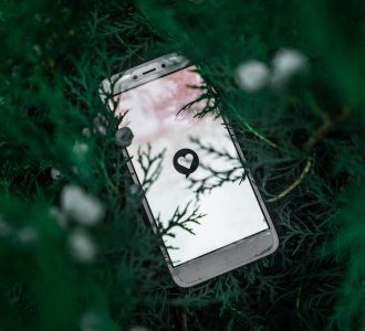 Draguer sur Internet : créer un profil attirant sur un site de rencontres