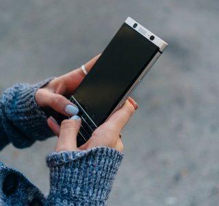 Comment EXCITER une fille par message : 18 exemples à recopier